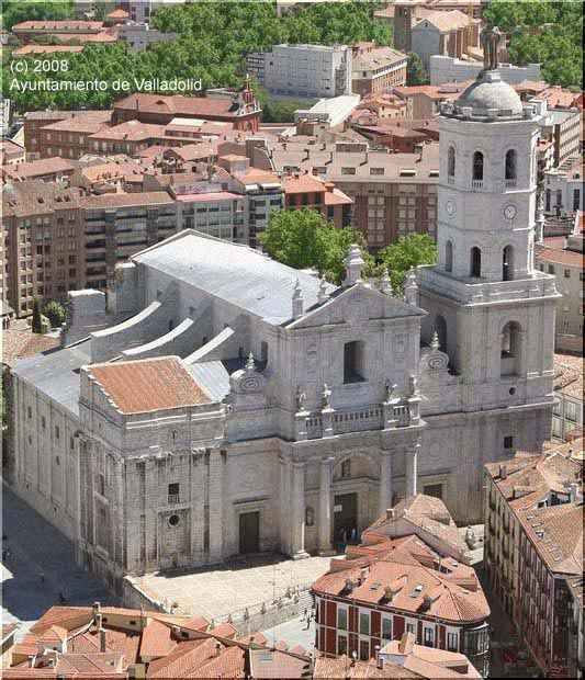 Explore the Valladolid Cathedral
