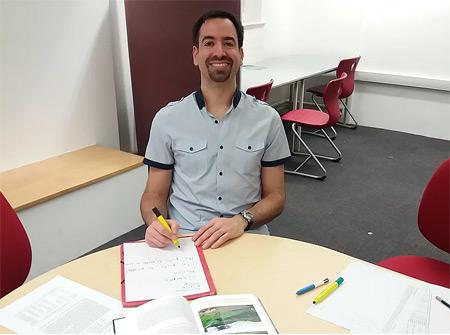 Spanish online lessons with Iñigo